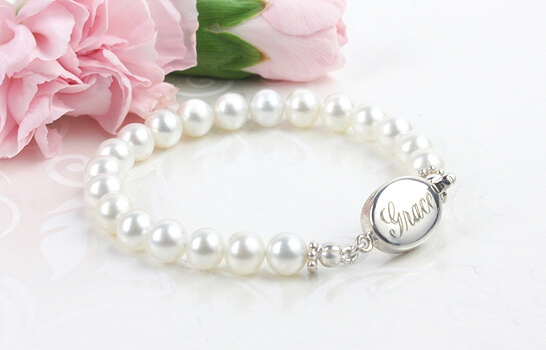 Engraved baby and child bracelet in white cultured pearls. Baby's First Pearls bracelet.