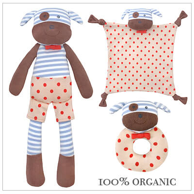 3 piece baby shower gift in our irresistible Boxer the Dog design. Includes Boxer soft toy, blankie, and rattle teether. Our baby shower gift comes with free gift wrap and card.