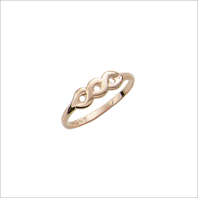 10kt gold baby and toddler ring with a crossing design.