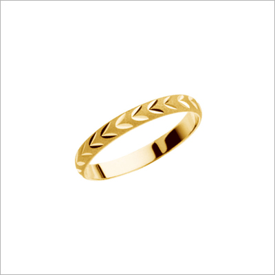 14kt gold baby ring with diamond-cut design.
