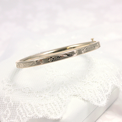 Floral Design Gold Bangle Bracelet 5.25 inches