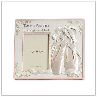 Beautiful gift for girls, our ballet photo frame is stone resin and has dimensional toe shoes and ribbons.