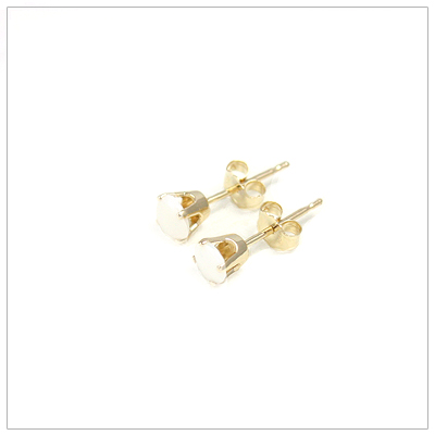 14kt gold October birthstone earrings, classic stud earrings with a push on back.