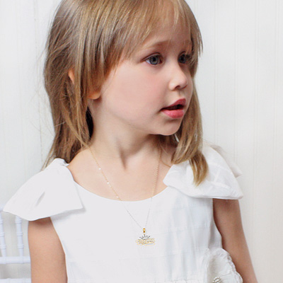 Girls 14kt gold Princess necklace with adjustable chain.