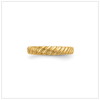 14kt gold twist ring for children with a 3mm wide band.