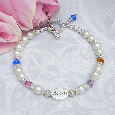 Moms Family Bracelet with cultured pearls and crystal family birthstones-mom bracelets