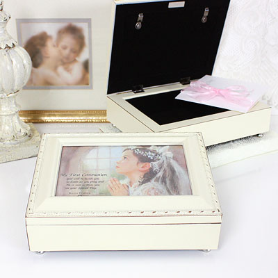 Musical keepsake box for girls First Communion. Photo lid, fully lined inside, plays 'Ave Maria'.