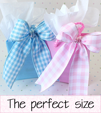 pink and blue gift bags for rings