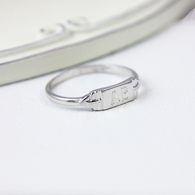 Boys sterling silver signet ring in a rectangle shape with free engraving.