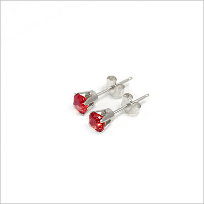 14kt white gold January birthstone earrings, classic stud earrings with a push on back.