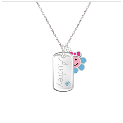 Engraved necklace for children in sterling silver. Engraving and sterling silver chain is included.