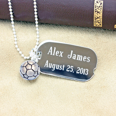 Custom dog tags in polished sterling silver. Engraving front & back included. 3 chain lengths.