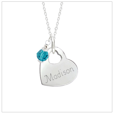 Personalized necklace for girls in heart shape.