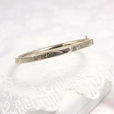 Floral Design Gold Bangle Bracelet 5.25 inches
