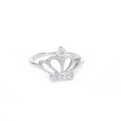 Sterling silver princess crown ring for girls set with clear cubic zirconia.