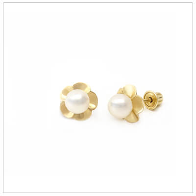 Charming 14kt gold flowers set with a cultured pearl; screw back pearl earrings for babies and children.