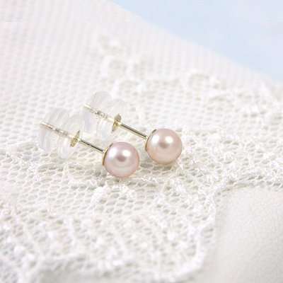 14kt gold pink pearl earrings for girls. These pearl earrings have safety backs.